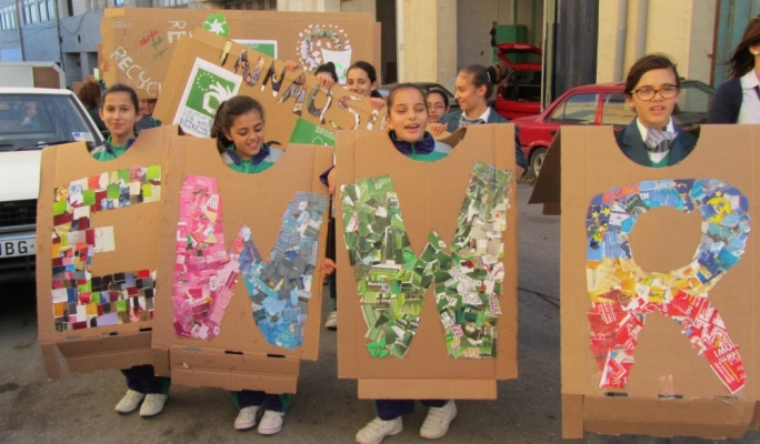 st._ignatius_college_students_raise_awareness_in_the_qormi_industrial_area_-_ewwr_2013