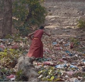 Waste Mandala, una storia di plastica e speranza