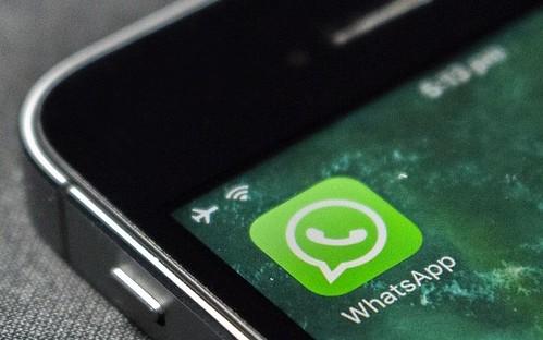 Il servizio di segnalazione via Whatsapp permette di indicare le zone di abbandono di rifiuti in cui intervenire.