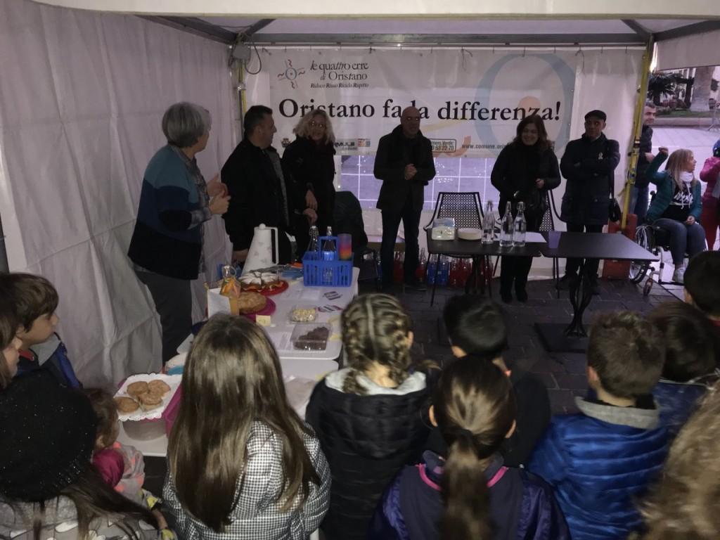 Una merenda buona, pulita e giusta! della Scuola primaria di Oristano (fonte: twitter.com/ComuneOristano)