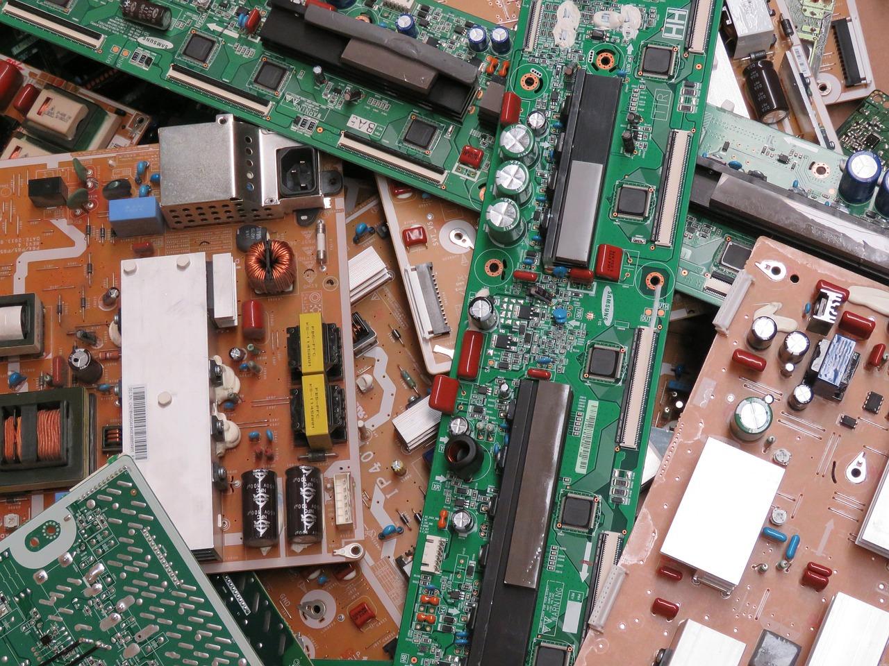raee rifiuti elettronici