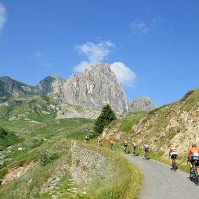 Alla granfondo La Fausto Coppi arriva l'Ecoteam con le bici elettriche