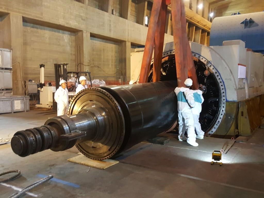 Sogin-Centrale_Nucleare_del_Garigliano-smantellamento_rotore_2