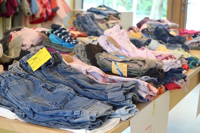 mercatino abiti usati